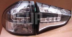 Черные задние светодиодные фонари на Mitsubishi Pajero Sport, Challenger