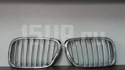 Хромированная решетка радиатора BMW 5 E39