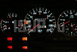 Светящиеся шкалы приборов - накладки на циферблаты панели приборов, дизайн № 2 на Mercedes W124, W126
