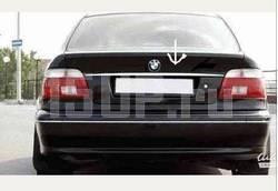Хромированный молдинг крышки багажника BMW 5