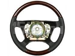 Руль кожаный классический, отделка - черная кожа с темным деревом орех на Mercedes W124, W126, W201, W140, W210