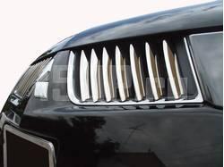 Хромированная решетка радиатора на Mitsubishi L200 Triton