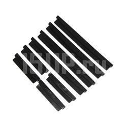 Черные защитные накладки на кромки боковых дверей автомобиля